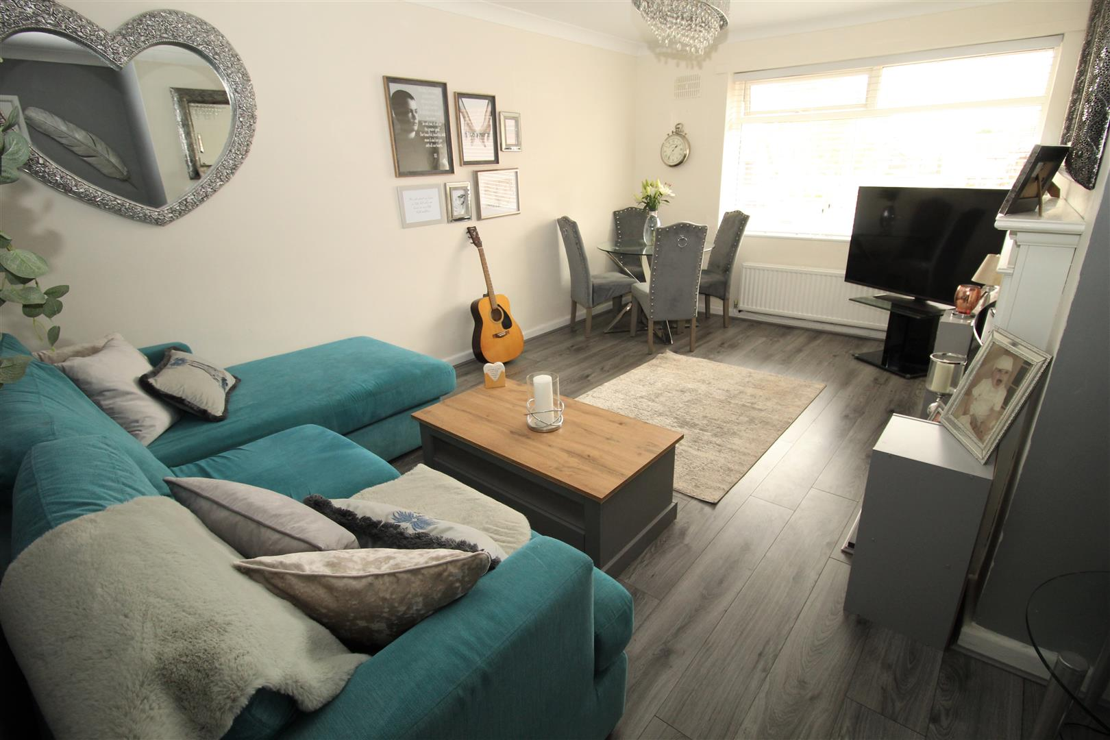 2 Bedrooms, Flat - First Floor, Oriel Close, Old Roan, Liverpool